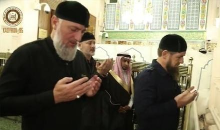 Молитва в Священной мечети Масджид ан-Набави
